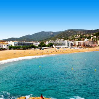 Strand met de Vila Vella in Tossa de Mar
