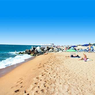 Strand met stenen Malgrat de Mar