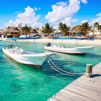 Strandboten van Puerto Morelos in Mayan Riviera, Yucatan, Mexico