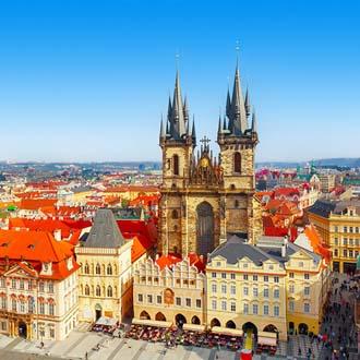 Tynkerk op het Oude Stadsplein in Praag