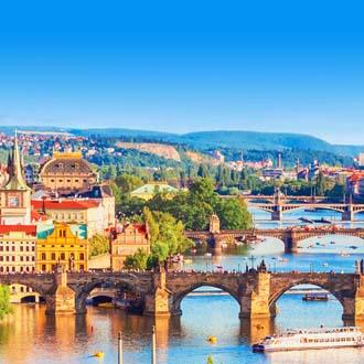 Uitzicht over de Moldau in Praag