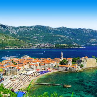 Uitzicht op de stad Budva in Montenegro