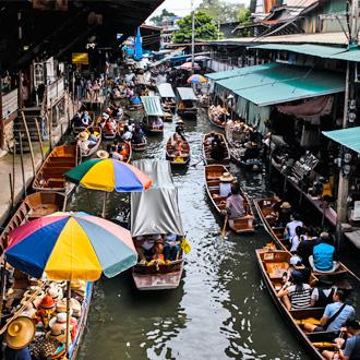 Varende markt in Bangkok, Thailand