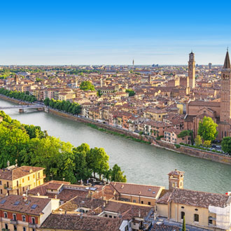 Uitzicht over de stad Verona in Italie