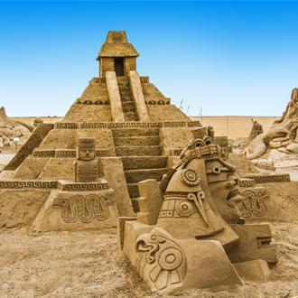 Zandsculpturen in Lara