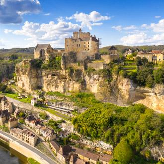 Kasteel Beynac en dorp in de Dordogne