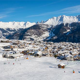 Foto van het dorp Fiss in het skigebied Serfaus-Fiss-Ladis