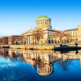 Het belangrijkste gerechtsgebouw van Ierland, de Four Courts