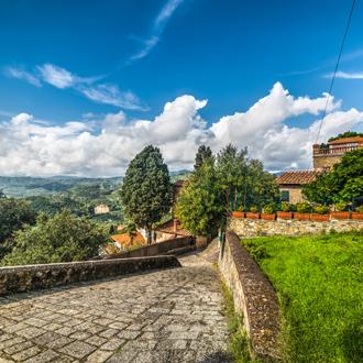 Stenen muren in Montecatini Terme