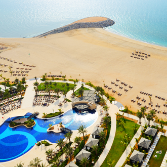 strand-van-luxehotel-in-Ras-al-Khaiman