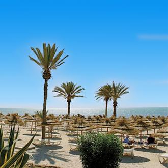 Zandstrand op het Tunesisch eiland Djerba