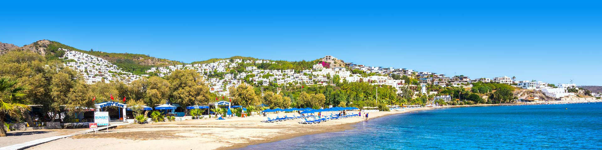 Turkse kust met het strand bij Bodrum en Bitez in Turkije