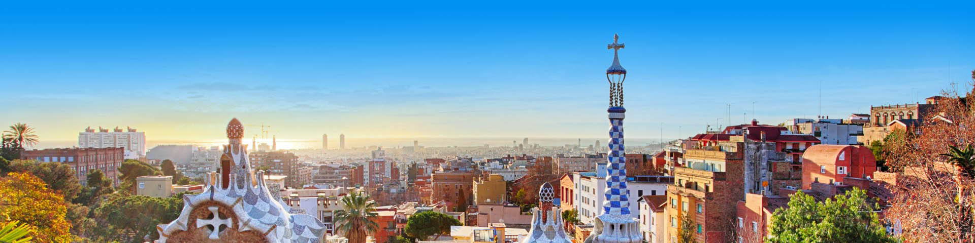 Uitzicht op de stad Barcelona met haar mooie bouwwerken